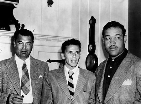 Jack Dempsey and Joe Luis with Frank Sinatra (center)