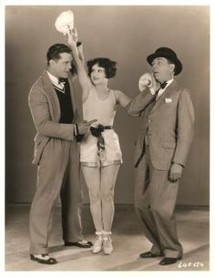 Boxing Fan Clara Bow