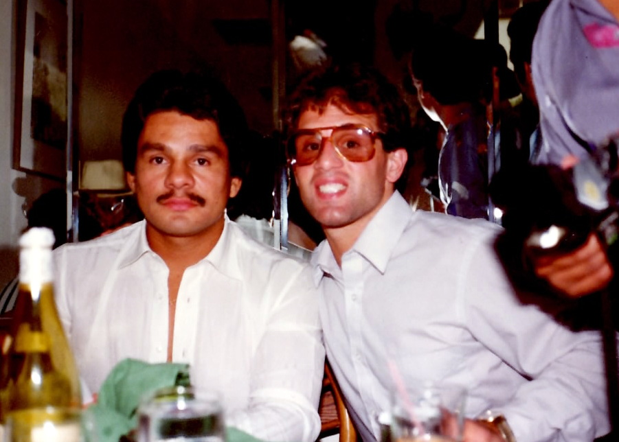 Roberto Duran (L) and John Rinaldi at the press confenrence for the Duran-Hagler bout in 1983 * (PHOTO BY ALEX RINALDI)