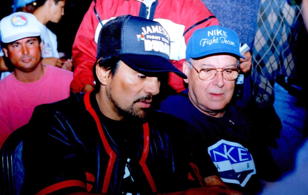 Roberto Duran before his bout with William Joppy in LAs Vegas *(PHOTO BY ALEX RINALDI)