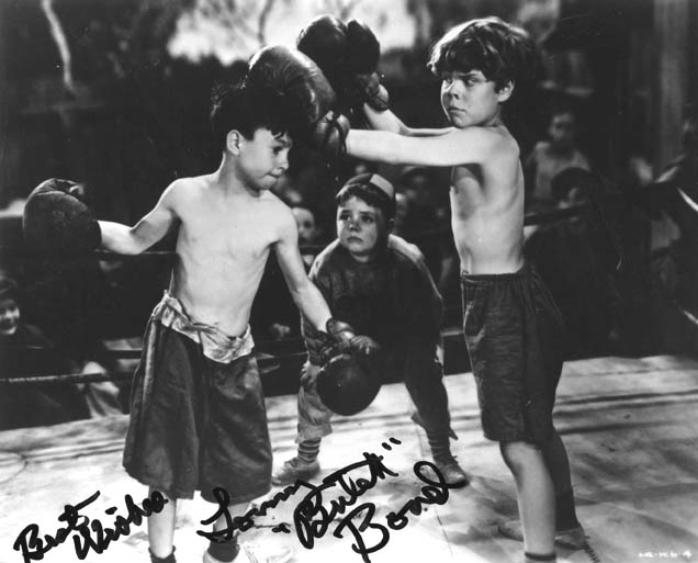 Alfalfa boxing Butch with Spanky refereeing.