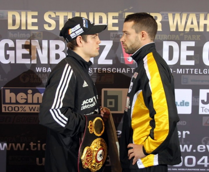 Feigenbutz and De Carolis at the pre-fight press conference.