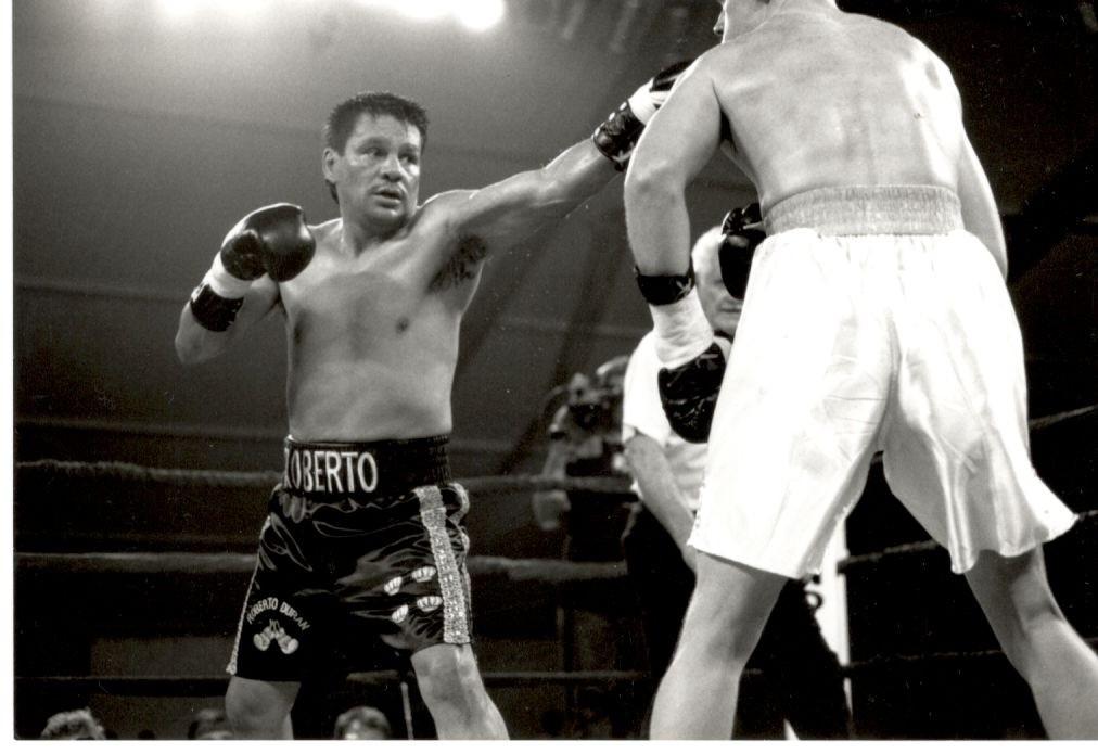 Roberto Duran vs. Sean Fitzgerald.