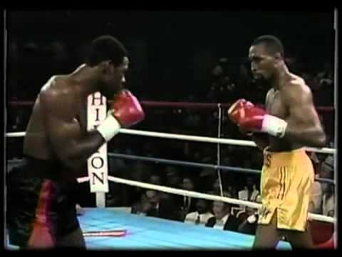"Barkley (L) and Hearns (R) looking for an opening in their first fight June 6, 1988 when Barkely knocked out the ""hit Man"" in the third round to capture the WBC Middleweight Title. (CLICK PHOTO TO VIEW VIDEO OF FIGHT)"