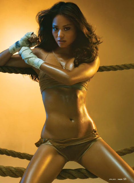 Jamie Chung boxing pose in ring.