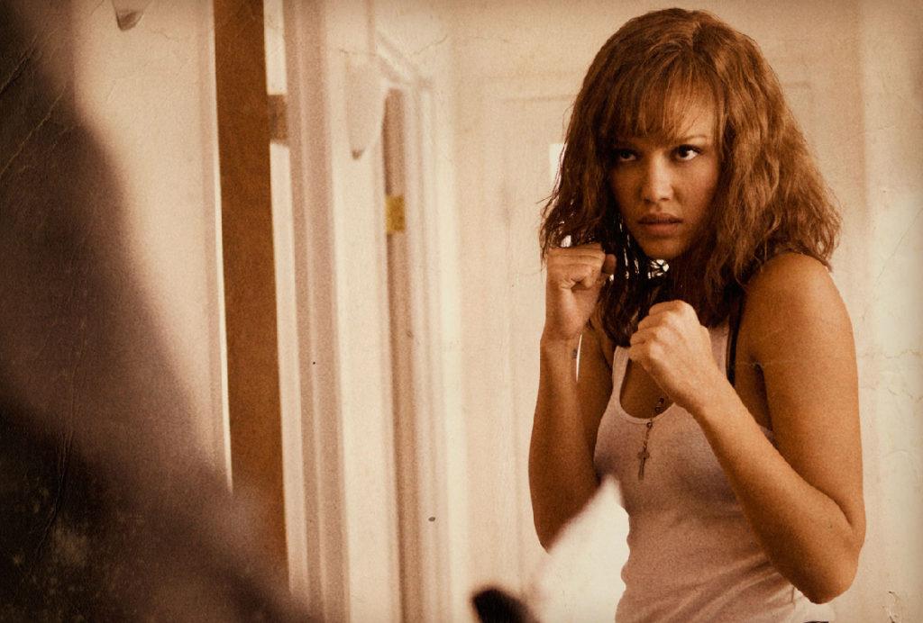 Jessica Alba boxing pose.
