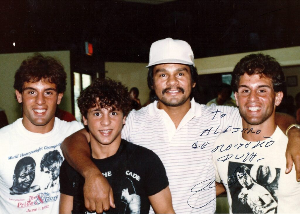 Roberto Duran with Alex, Gerard, and John Rinaldi