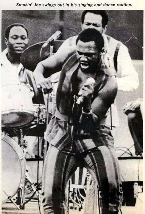 Smokin' Joe Frazier entertaining soldiers.