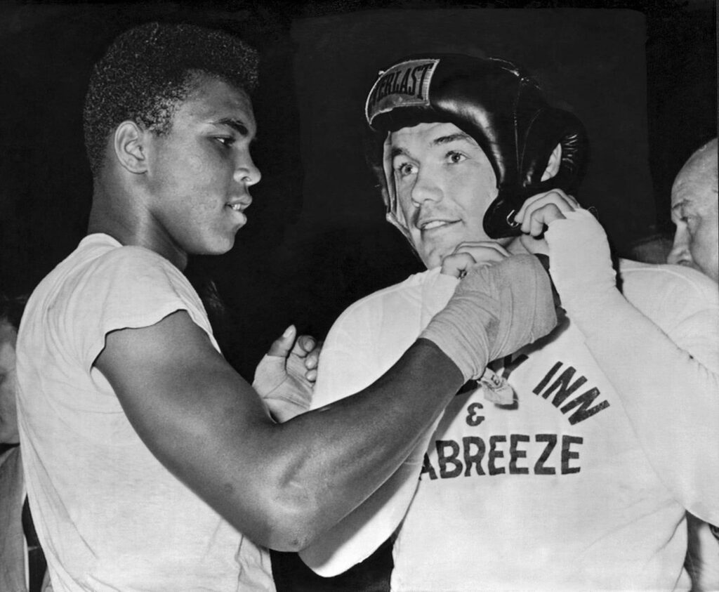 Future ring legend Muhammad Ali with then Heavyweight Champion Ingemar Johansson