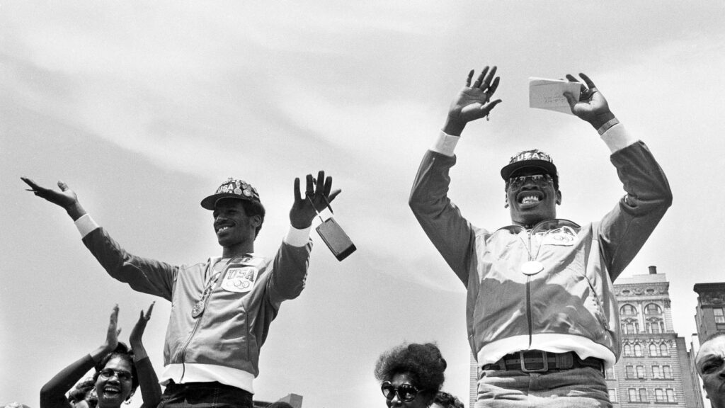 Michael Spinks (L) and Leon Spinks (R) wearing their Olympic Gold medals in a ceremony in St, Louis, MS in 1986.